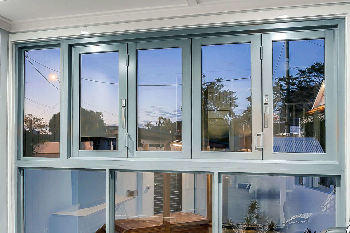 411 Series Bifold Window