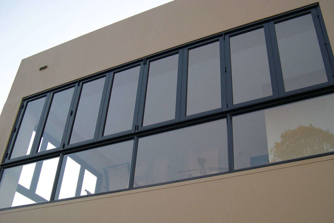 546 Series BiFold Window